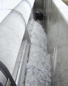 Der HydroClean Bürstenrechen mit Wasserradantrieb
