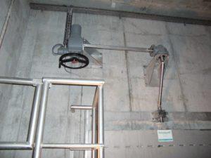 Elektroantrieb zum Öffnen und schließen eines ovalen Schiebers zum Betrieb eines HydroMESI Partikelabscheiders