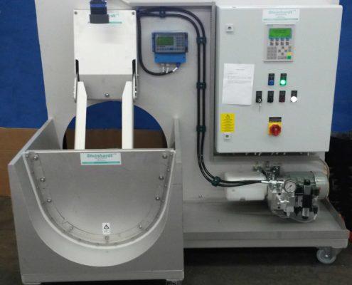 Bei der Ausführungsplanung müssen neben den Füllständen auch der Kraftaufwand zum Bewegen des Spülschildes im Kanal berücksichtigt werden (Bild: Komplettes Funktionsmodell einer HydroGuard Kanalspülung).