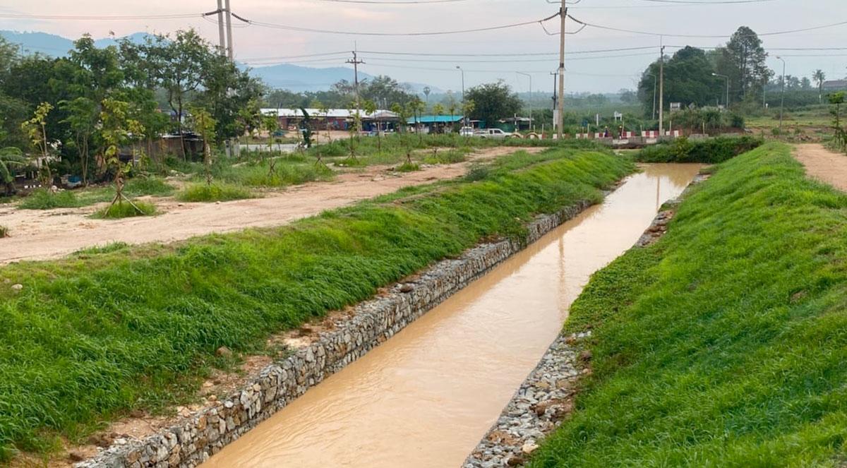 Auch bei Starkregenereignissen bleibt der Abfluss aus dem Regenbecken innerhalb der eingestellten Mengen.